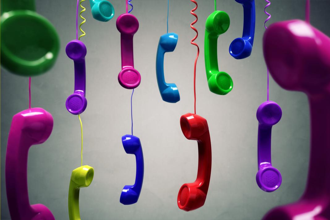 В работе юриста телефон полезней электронной почты